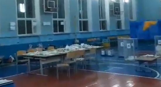 У Запоріжжі на виборчій дільниці розпилили сльозогінний газ