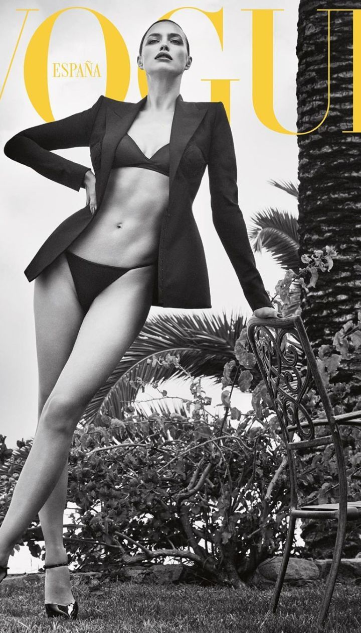 Ирина Шейк и Адриана Лима в фотосете для испанского Vogue