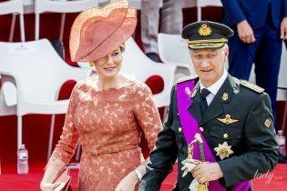 В кружевном платье и шляпе: эффектная королева Матильда на праздничном мероприятии