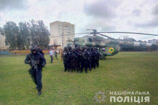 Гелікоптер та спецпризначенці. На окрузі Житомирщини повідомили про загрозу для підрахунку голосів