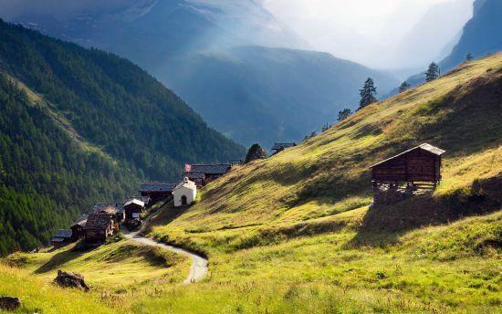 У швейцарському селі продають будинки вартістю один євро