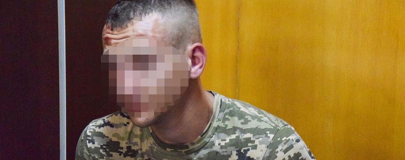 У Миколаєві військовий на мопеді грабував жінок
