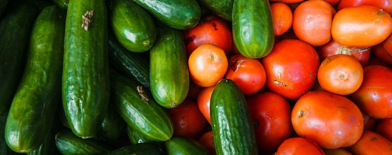 Импорт огурцов и помидоров в Украине побил рекорд десятилетия