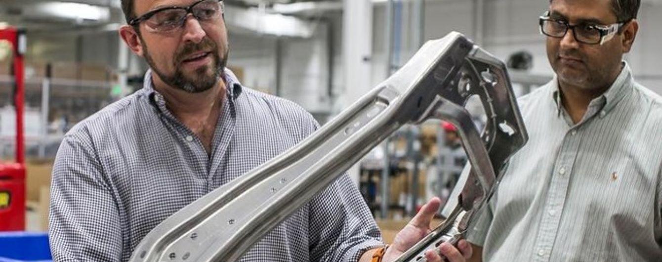 Дизайнер электрокаров Tesla переметнулся в Apple