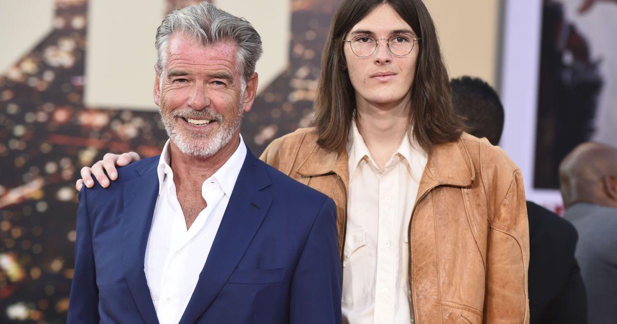 Пирс Броснан с сыном Диланом @ Associated Press