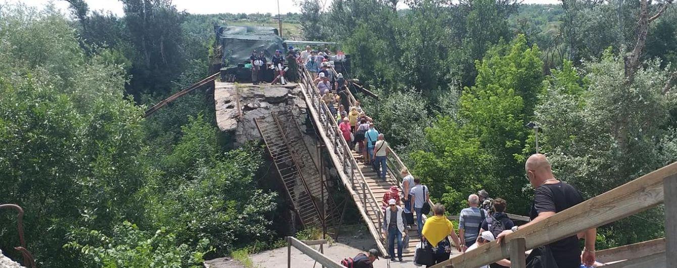 На разрушенном мосту в Станице Луганской по требованию ОБСЕ усилят видеонаблюдение