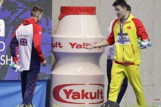Еще один спортсмен бойкотировал награждения китайца, который оскандалился из-за допинг-теста