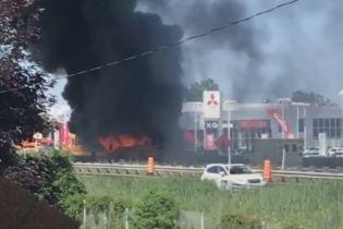 В Канаде после ДТП загорелись два автобуса с детьми