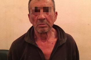 В Одесской области 63-летний педофил изнасиловал 9-летнего мальчика, который сам пришел на пруд