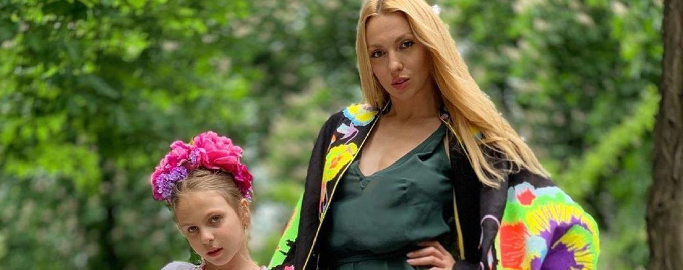Оля Полякова похвасталась экстремальными умениями младшей дочери
