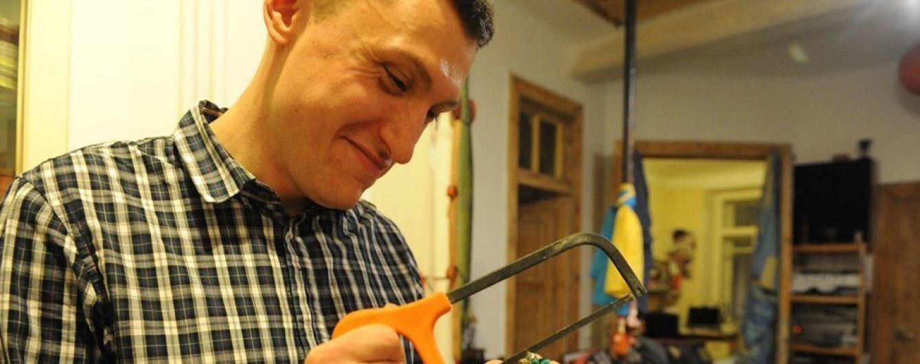 Российский суд приговорил к 4,5 годам активиста, который носил передачи пленным украинским морякам