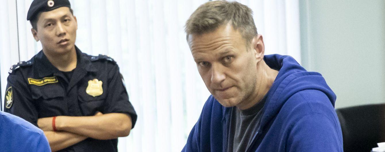 """Навальный находится в Германии """"в качестве гостя Меркель"""""""