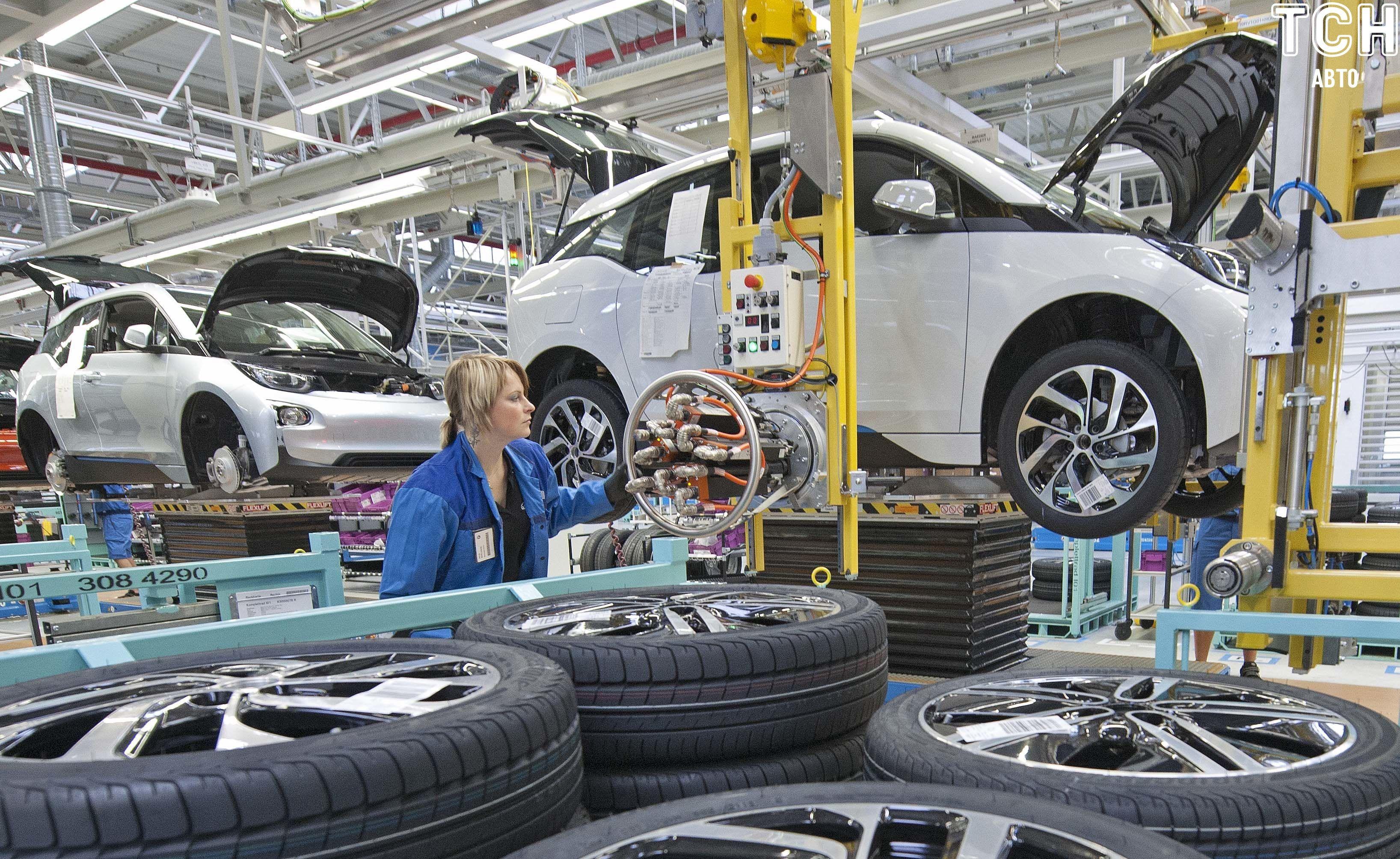 електрокари BMW i3, завод