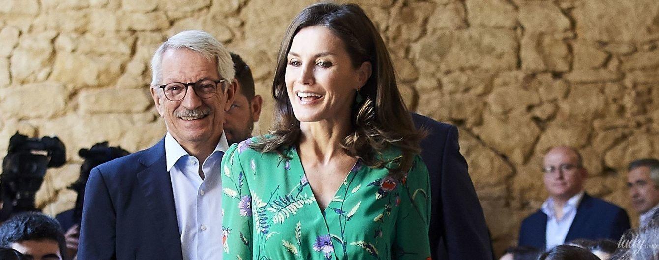 Яка красуня: королева Летиція у смарагдовій сукні прийшла на урочистий прийом