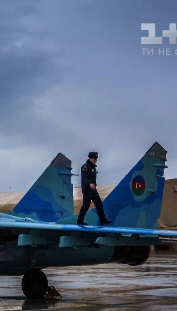 Над Каспійським морем зник азербайджанський винищувач