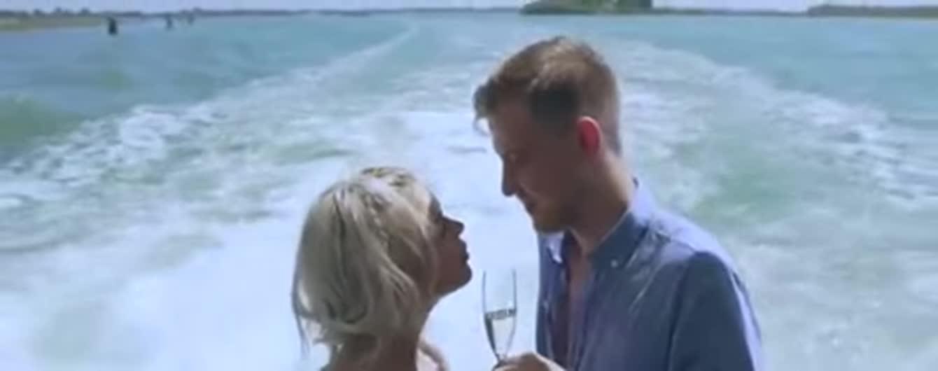 Аліна Гросу у новому кліпі зняла чоловіка та показала чуттєві кадри з весілля у Італії