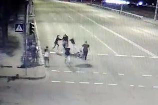 Нападение на полицейского в Киеве: семеро подозреваемых получили подозрения