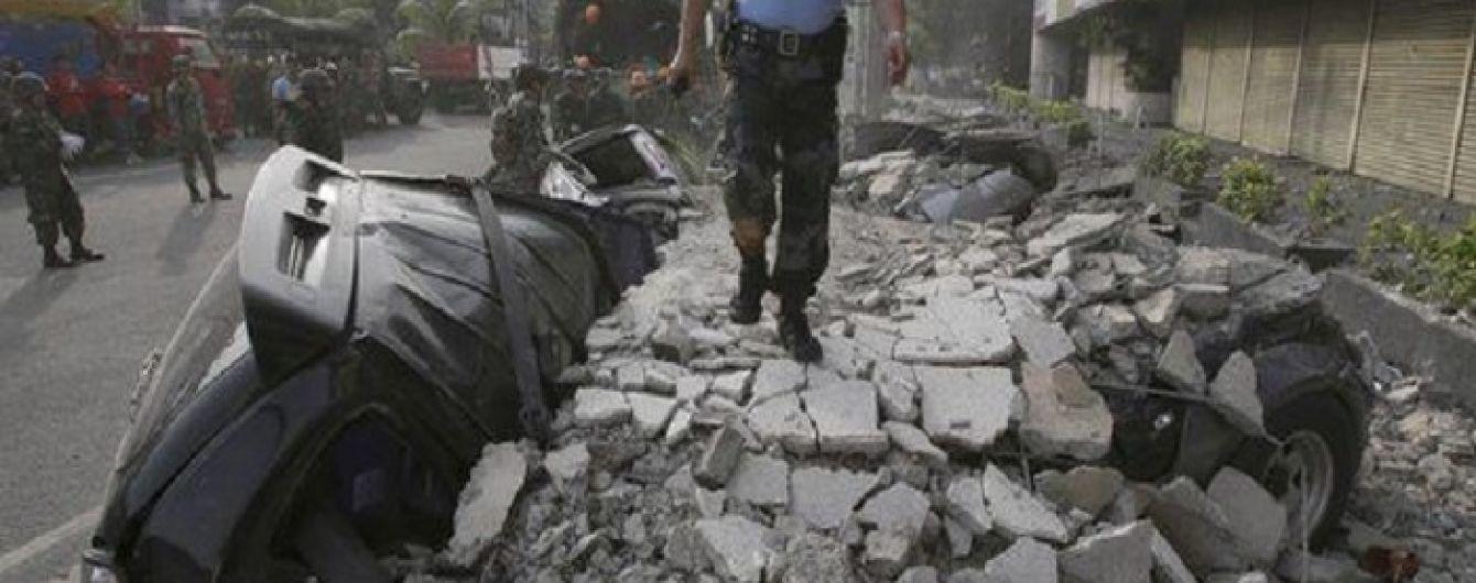 На Філіппінах зростає кількість загиблих від руйнівного землетрусу