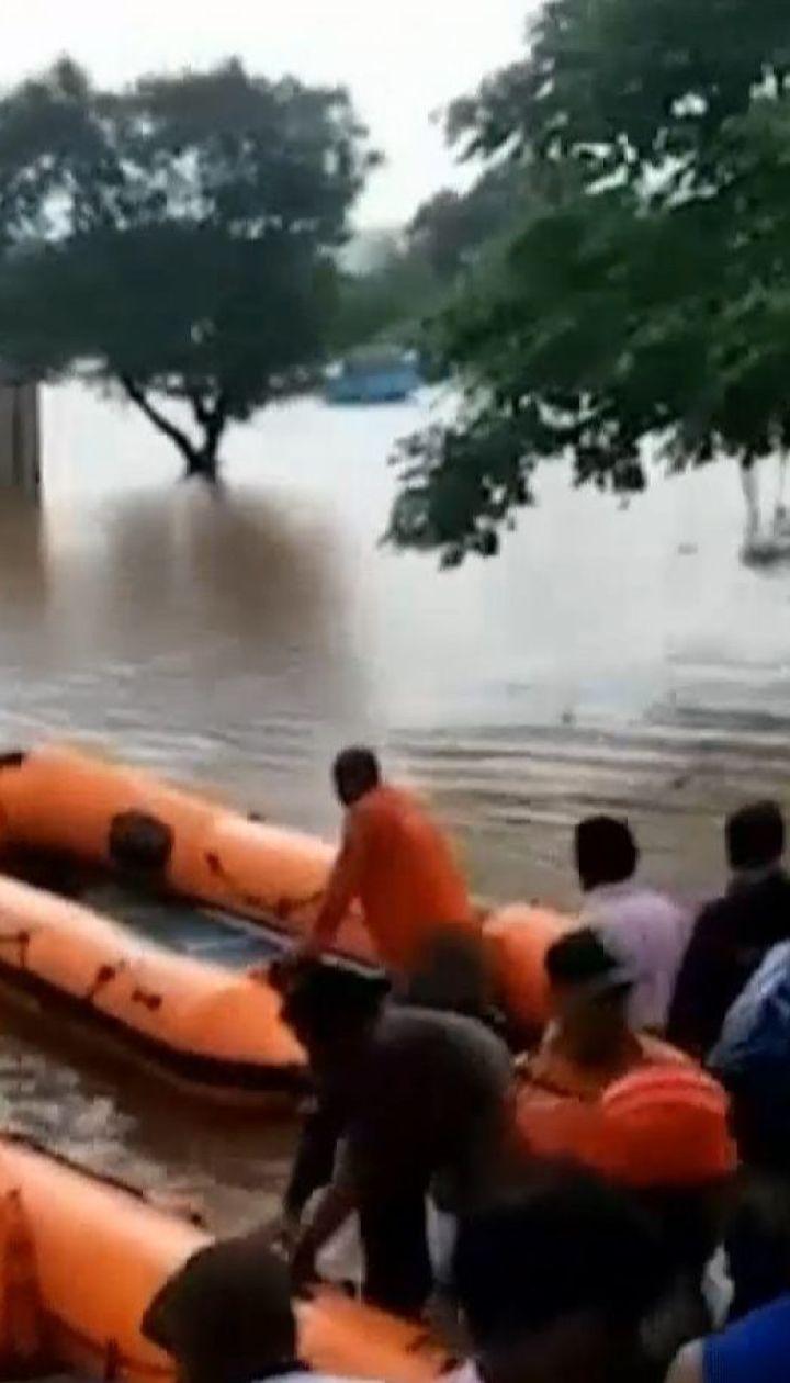 В Індії від сильних паводків загинули щонайменше 127 людей