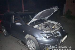 На Днепропетровщине мужчина бросил гранату под автомобиль местного предпринимателя, есть пострадавшие