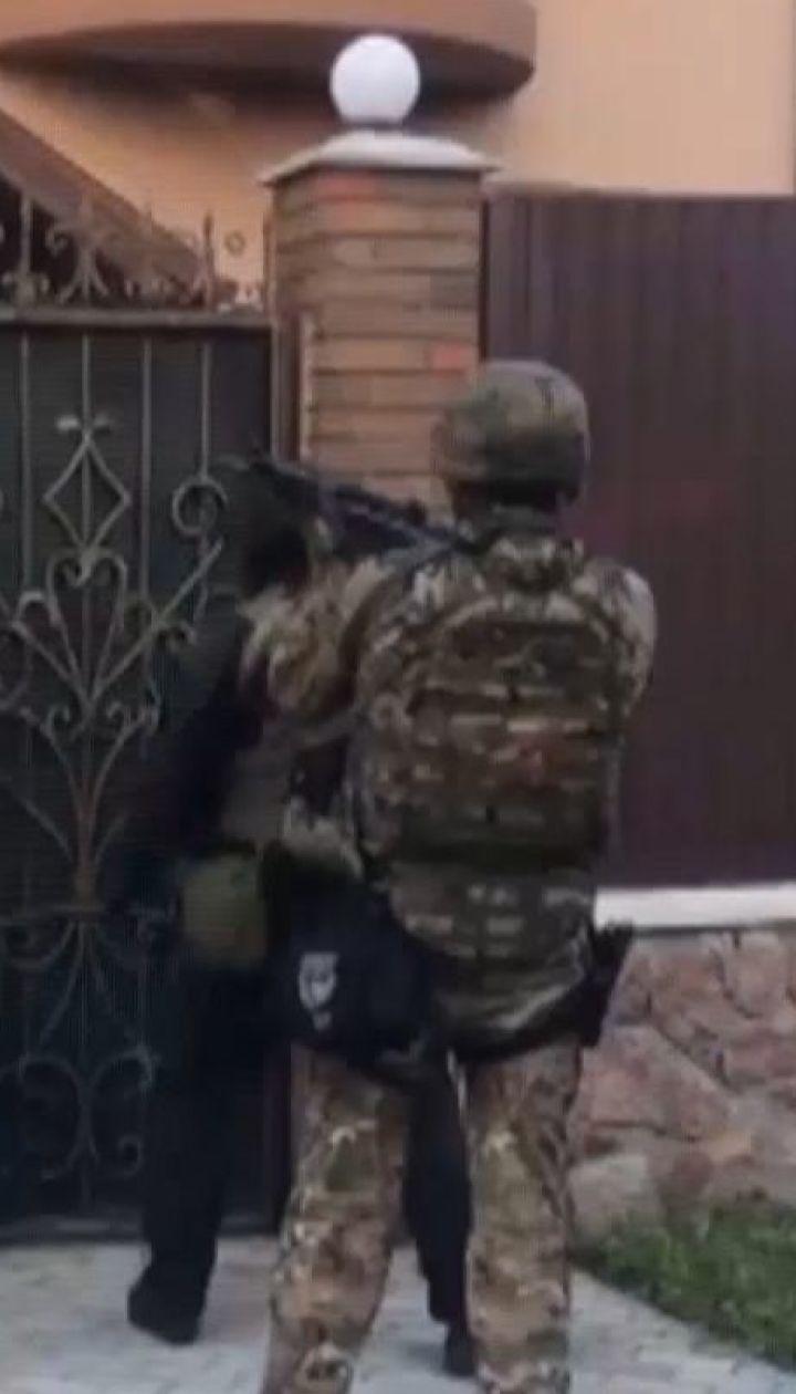 Правоохранители показали видео, как задерживали бандитов в Белой Церкви
