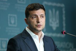 Никаких очередей и взяток: Зеленский взялся за развитие электронных услуг