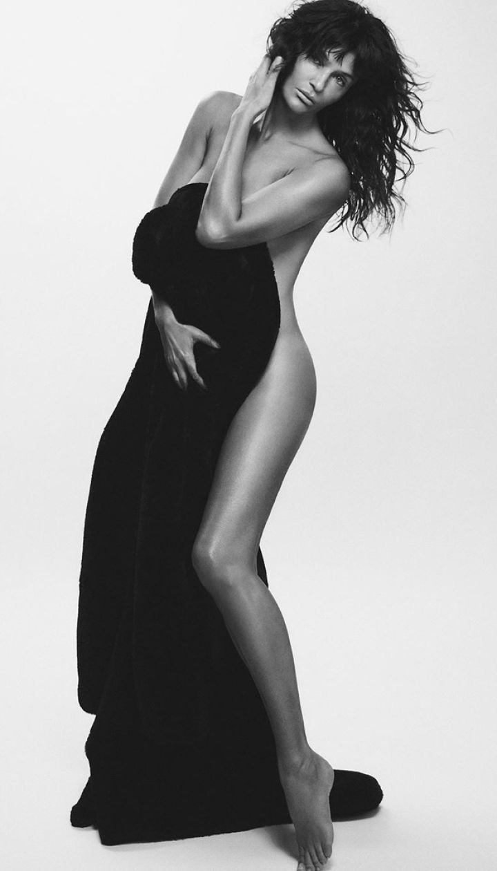 Гелена Крістенсен для Vogue Japan Beauty