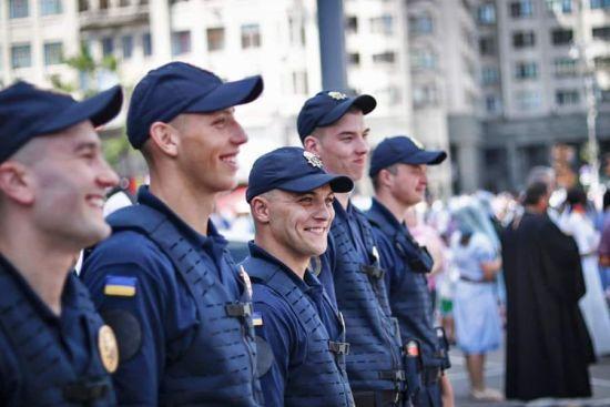 Військовослужбовці Нацгвардії виходять на самостійне патрулювання вулиць. Права та обов'язки
