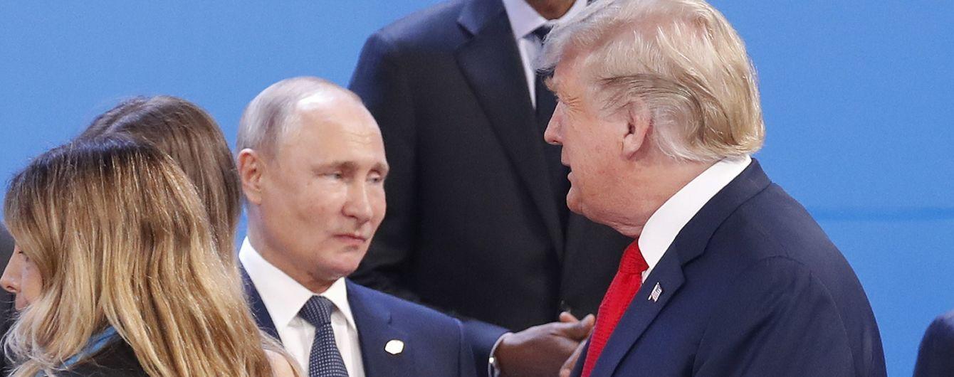 Демократи у США хочуть отримати доступ до розмов Трампа з Путіним