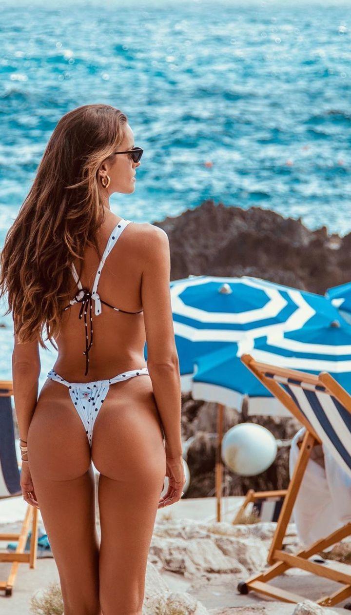 Изабель Гулар