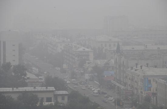 Масштабні лісові пожежі у Сибіру: дим вже оповив узбережжя США та Канади