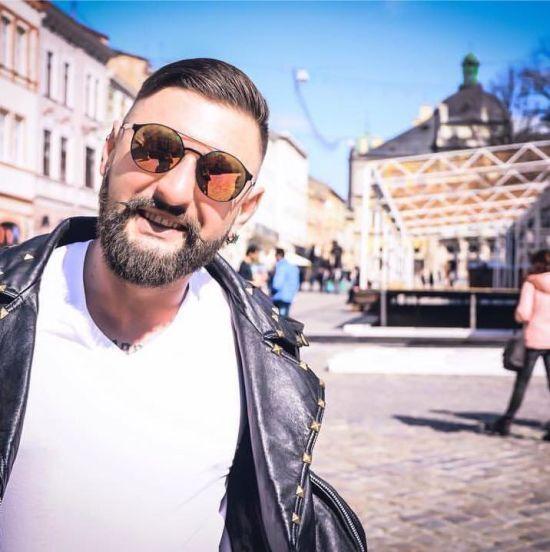 У Києві в аварії загинув відомий український діджей Gabber