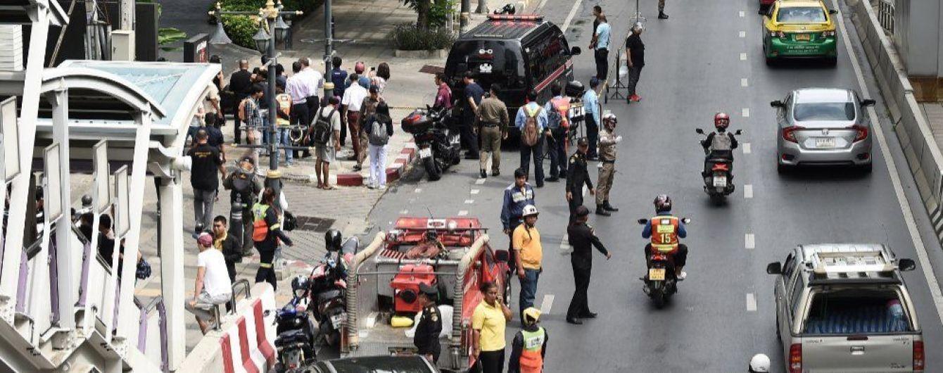 У столиці Таїланду прогриміла серія вибухів