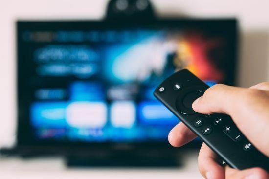 Школа в телевізорі: від понеділкаукраїнські школярі навчатимуться просто перед екраном
