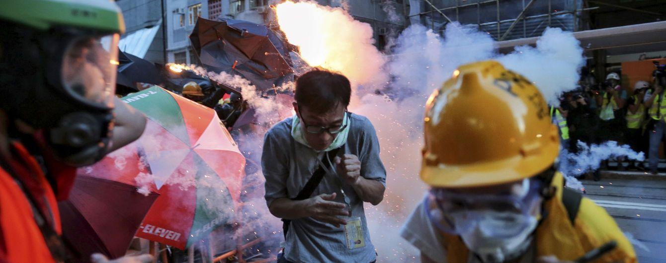 Барикади, арешти та битва сучасних технологій. Чому в Гонконзі вже чотири місяці тривають протести та до чого тут Євромайдан