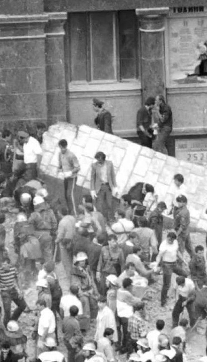 В столице вспомнили жертв трагедии, которая случилась на Главпочтамте 2 августа 1989 года