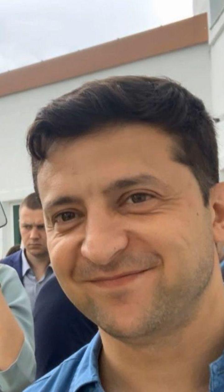 """Зеленский посетил обучение будущих депутатов от """"Слуги народа"""" в Трускавце"""