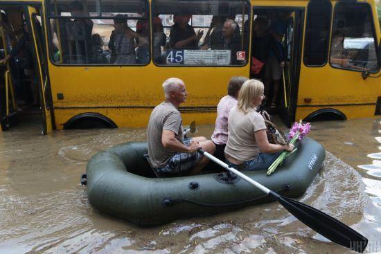 Слідом за Одесою до сильної зливи готується Дніпро - мер Філатов звернувся до городян