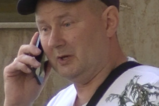 Молдовский журналист наткнулся на судью-беглеца Чауса на улице Кишинева