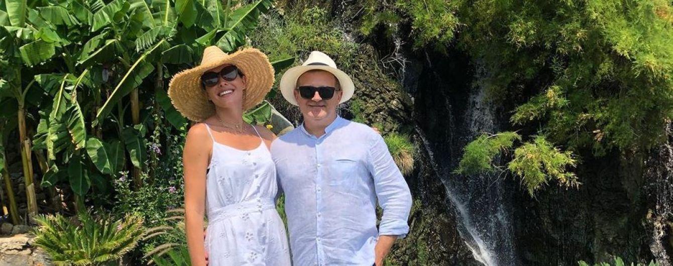 Катя Осадчая и Юрий Горбунов умилили солнечными фотографиями с отдыха