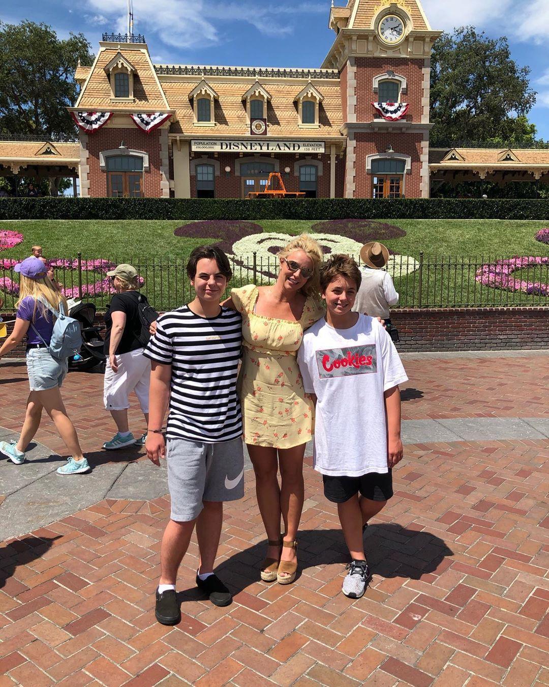 Брітні Спірс з синами