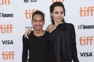 Старший сын Анджелины Джоли Мэддокс переезжает в Южную Корею