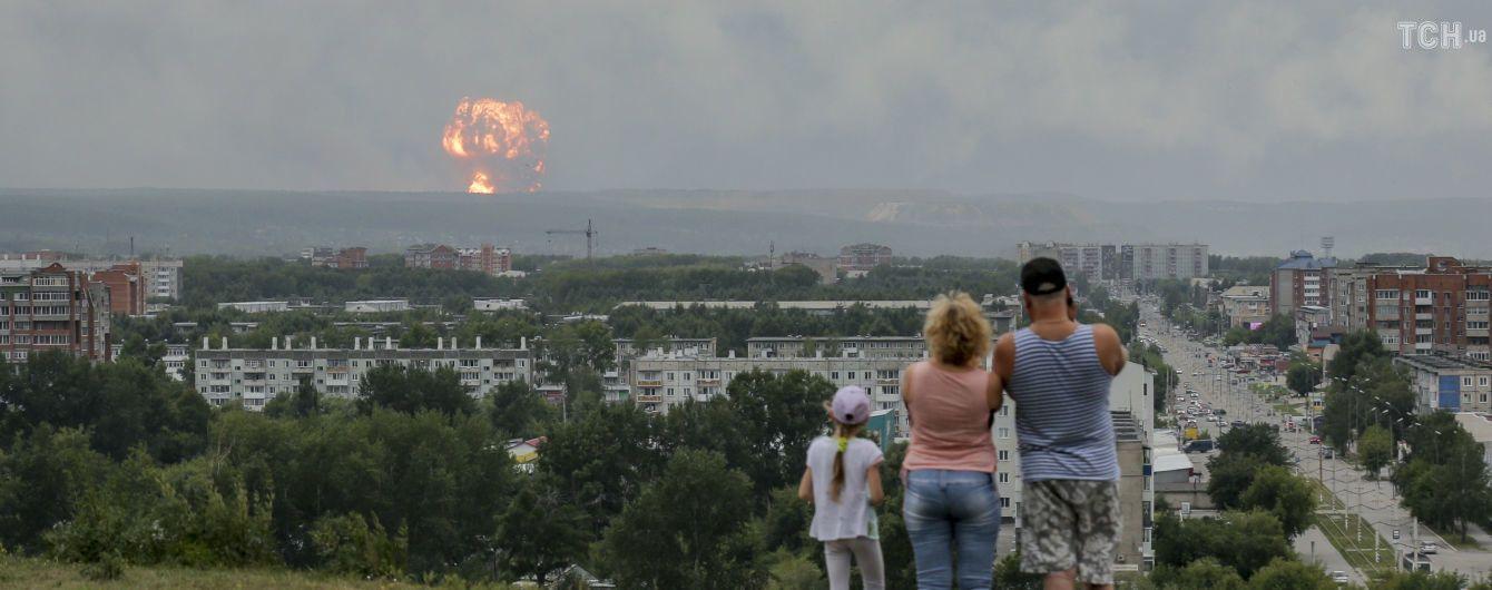 Паника и слухи о десятках погибших. Что рассказывают очевидцы взрывов на военных складах в РФ
