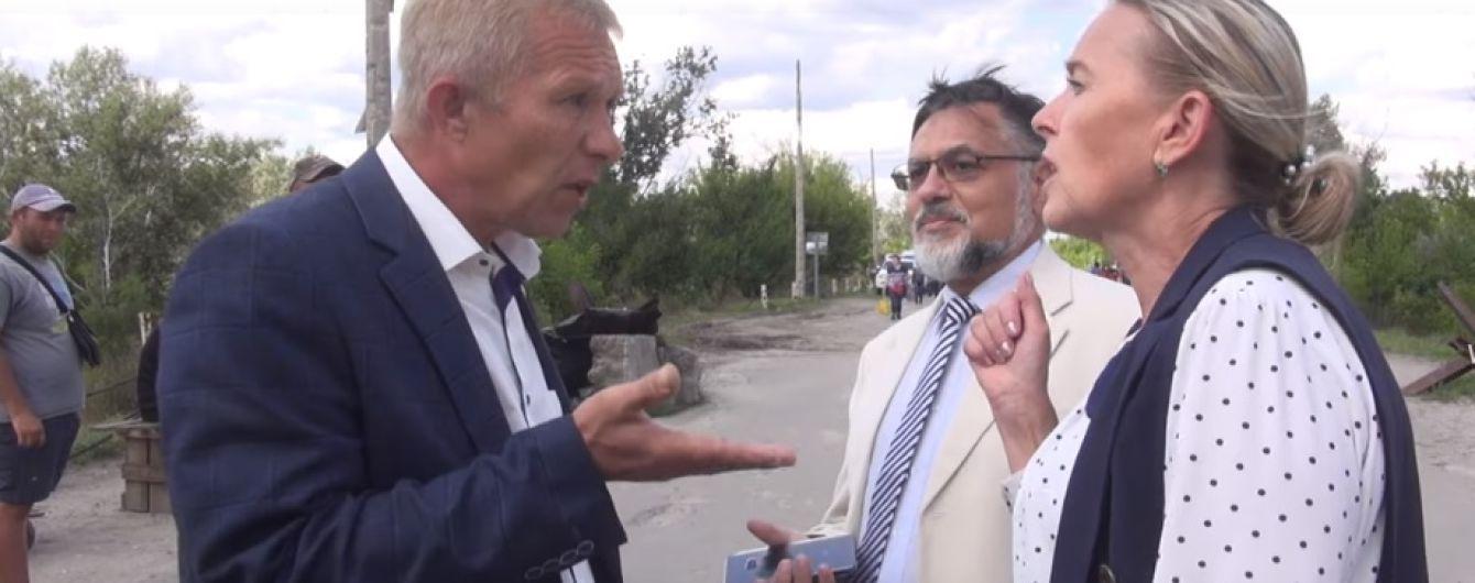 Провокация в Станице Луганской: появилось видео главаря террористов Дейнего на украинской стороне линии разграничения