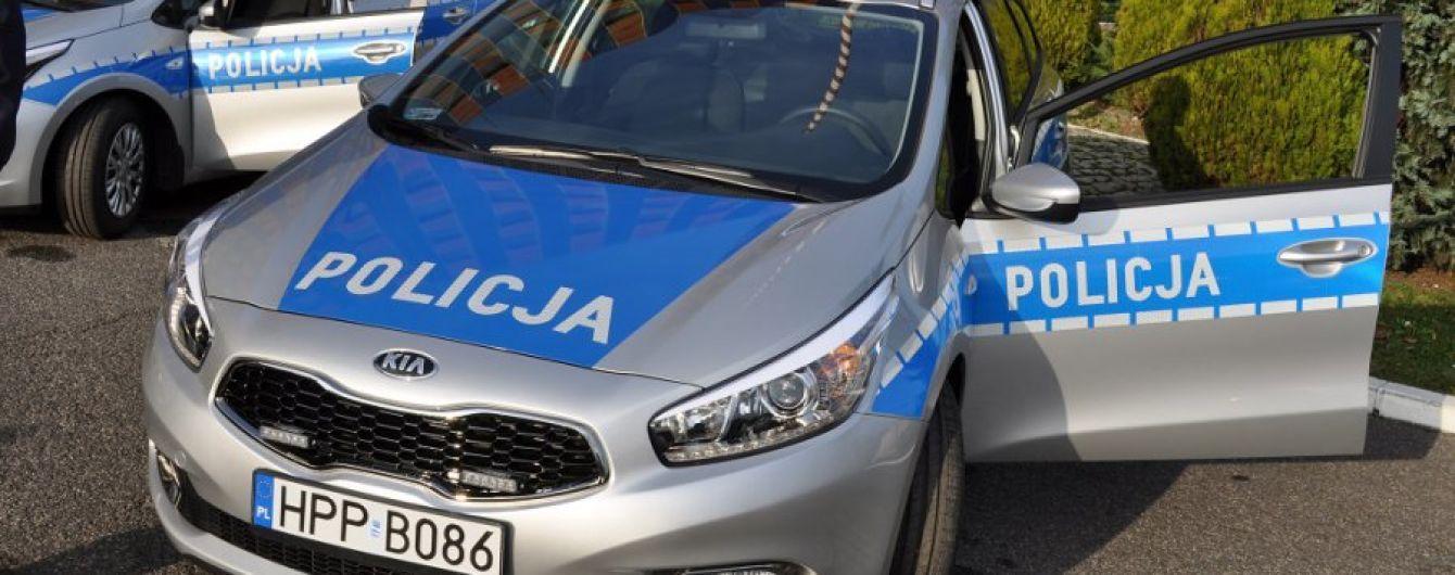 Украинцы организовали в Польше банду и угоняли элитные авто