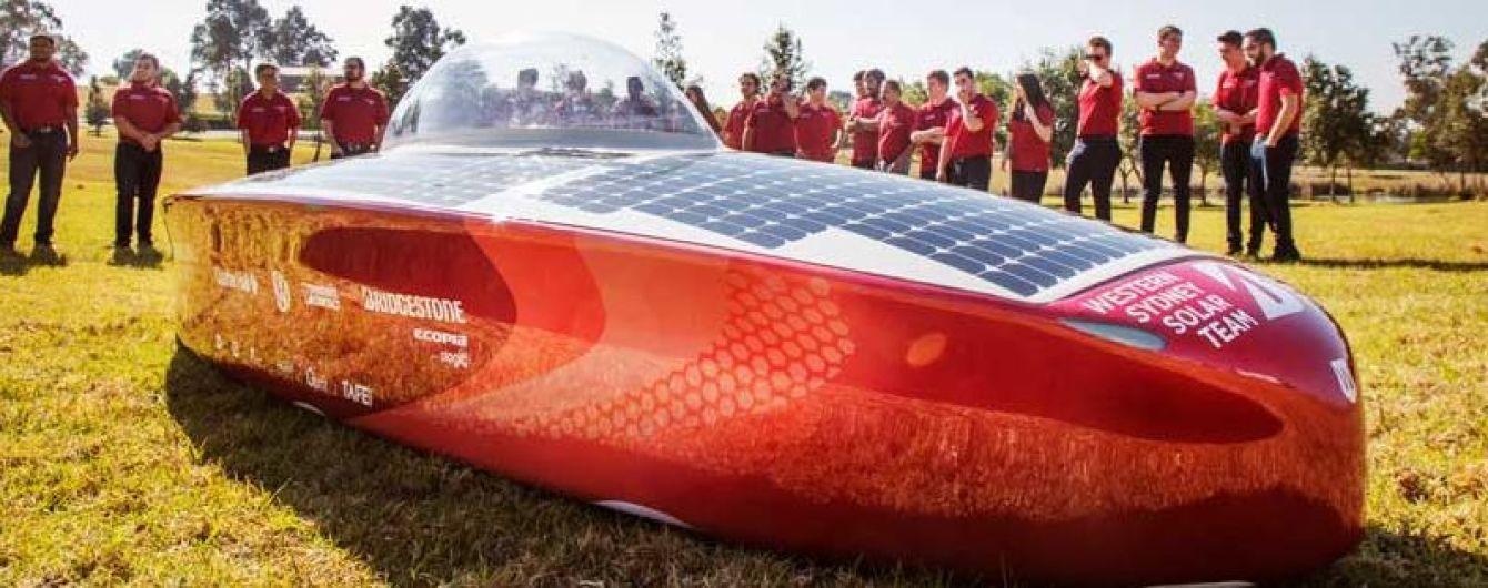 Австралийцы создали солнечный электрокар, который не нужно заряжать