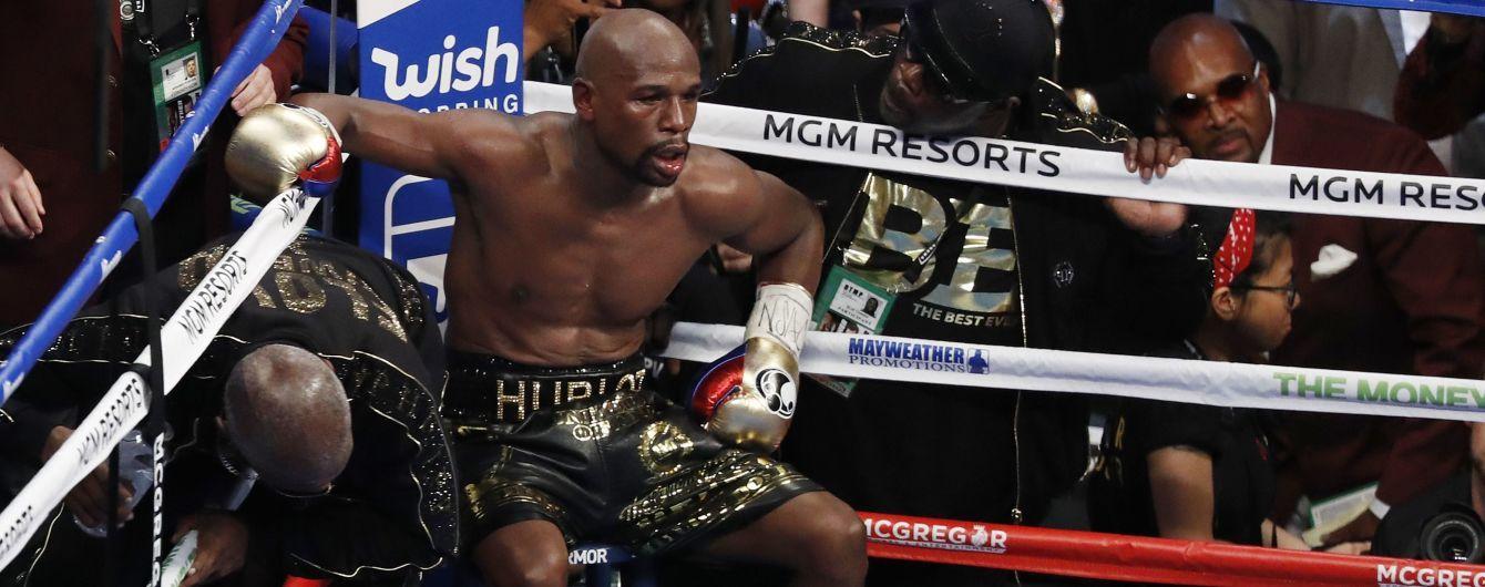 Мейвезер после двух трагедий в семье отказался возвращаться в бокс в этом году