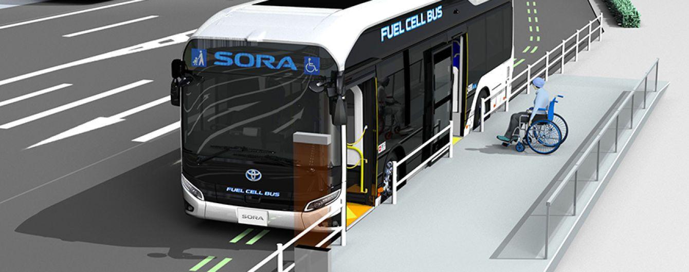 Toyota представила электробус на водороде