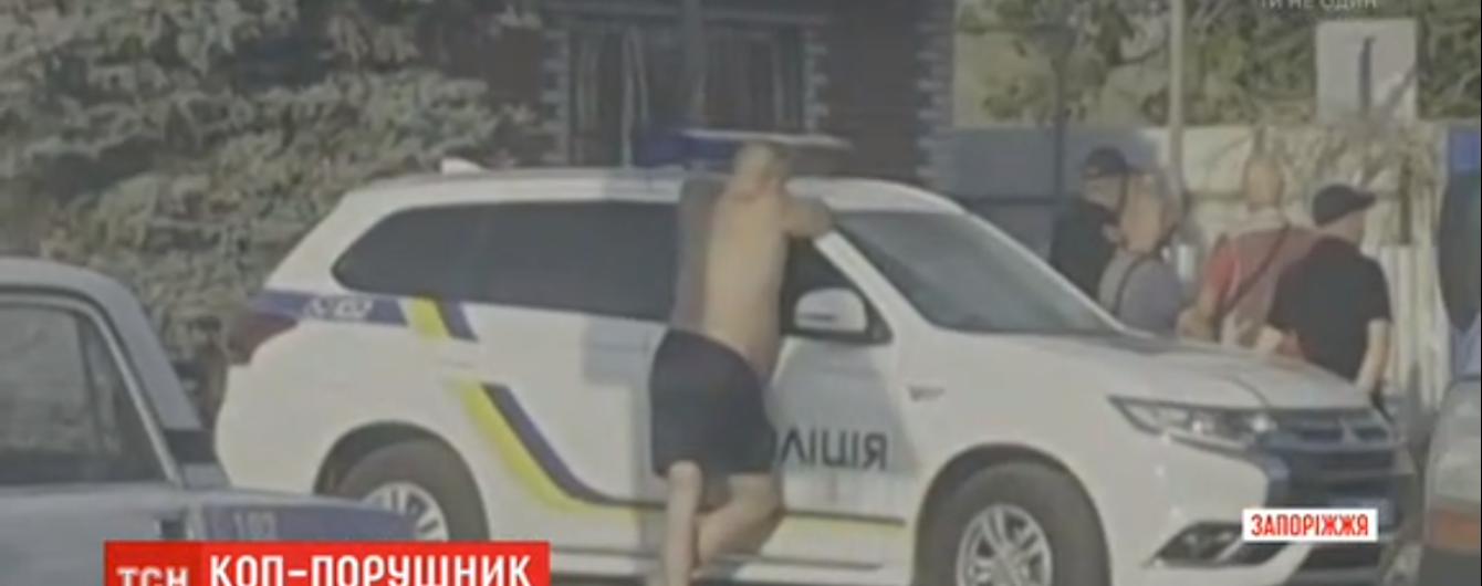 В Запорожье пьяный полицейский за рулем сбил на переходе женщину
