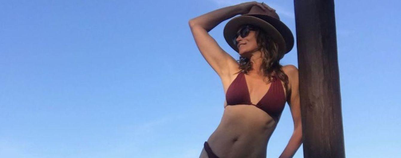 Еще ого-го: Синди Кроуфорд показала фигуру в бикини